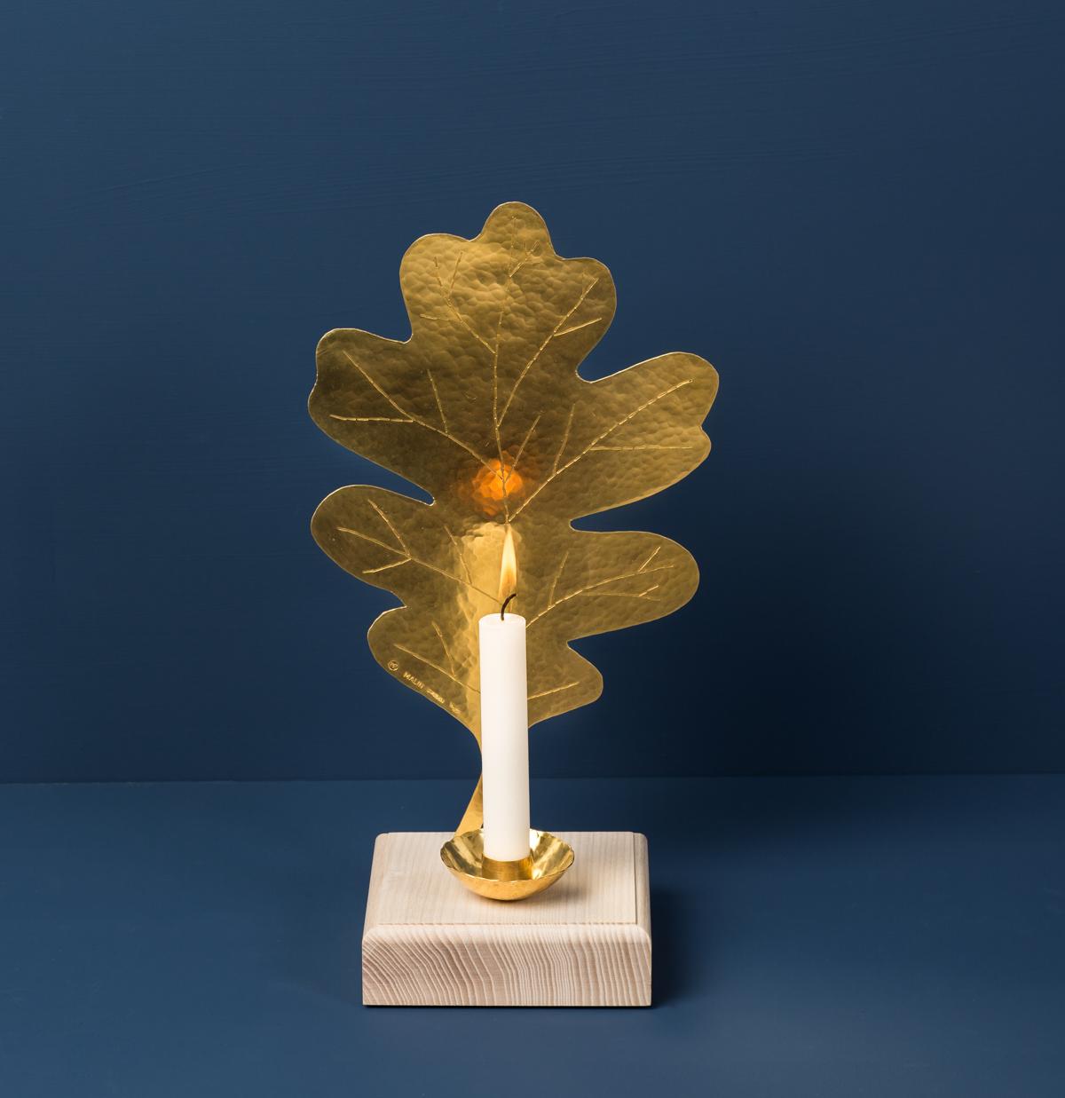 Löv Lampett, Leaf Sconce