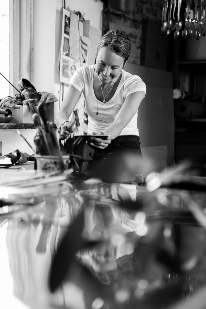 Malin Appelgren Bailey i verkstaden - in the workshop